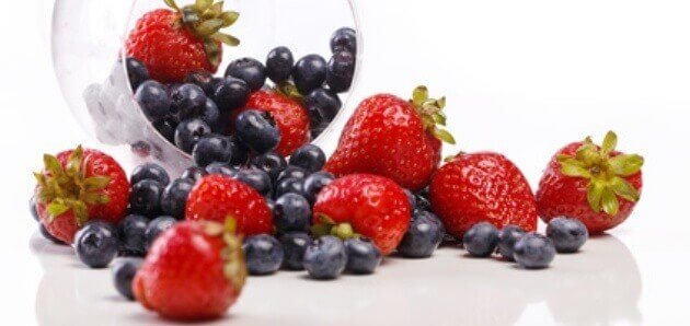 Pictures Of Strawberries And Blueberries